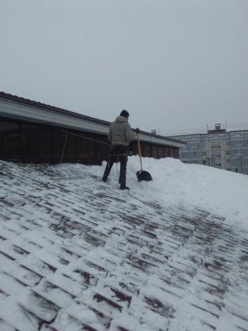 Предлагаем услуги по уборке снега и ликвидации сос