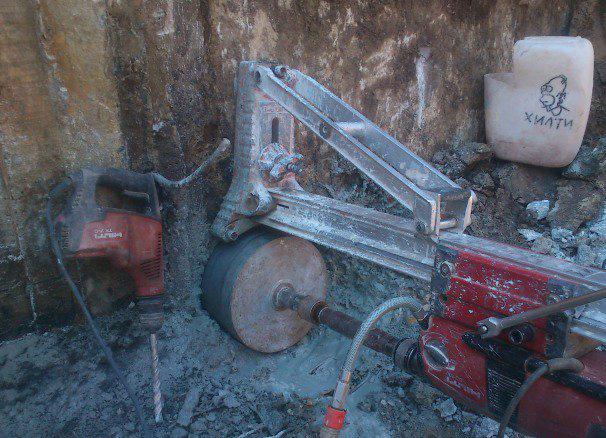 Алмазное бурение в бетоне и кирпиче