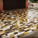 Укладка тротуарной плитки, натуральный камень.